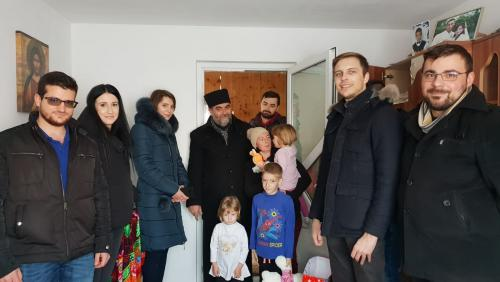 ASSIST Software Santa's elves, offered Christmas gifts to 36 children in need