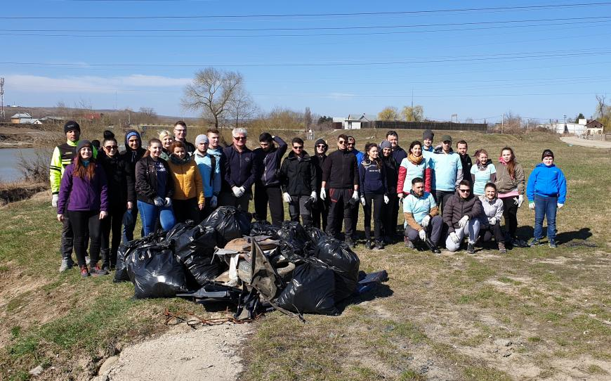 ASSIST Software accepted the viral #trashtag challenge