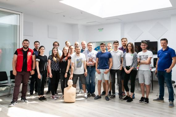ASSIST Software employes learning how to give the first aid